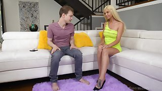 Stripper stepmom Astrid Star gives a wondeful blowjob to the brush stepson in the living room