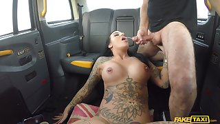 Beth Inked Peer royalty shows lucky cabbie what a floosie she is