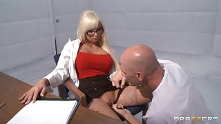 Horny blonde Rikki Six takes a dick in the air her frowardness and love tube